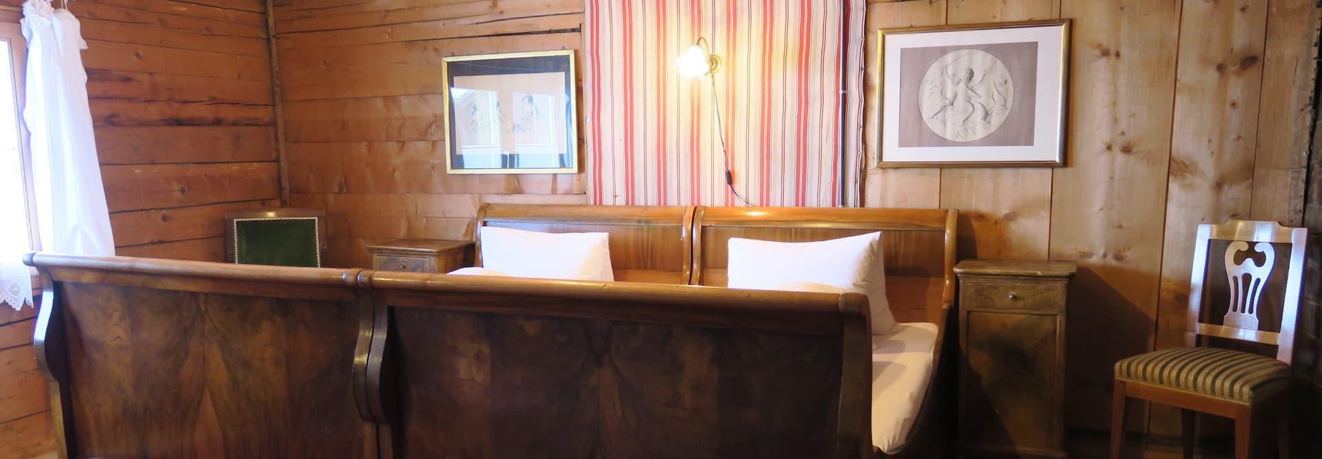die gastgeber hotel alpenhof weisstannen. Black Bedroom Furniture Sets. Home Design Ideas